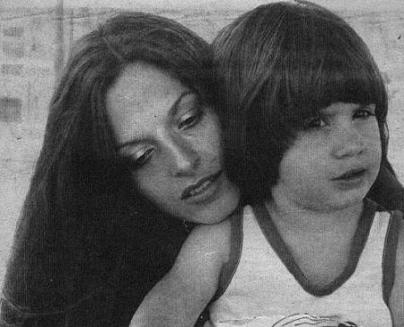 Freddie Prinze Jr. mother