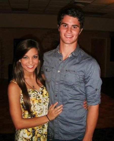 Chase poses with his then-girlfriend Xio Montalvo