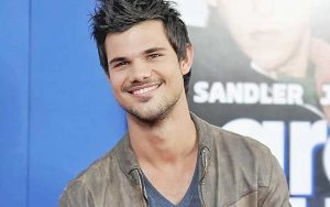List of Girls Taylor Lautner Has Ever Dated-From Taylor Swift to Lily Collins