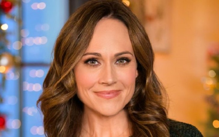 Who Is Nikki DeLoach? Her Parents, Career & Relationship With Husband
