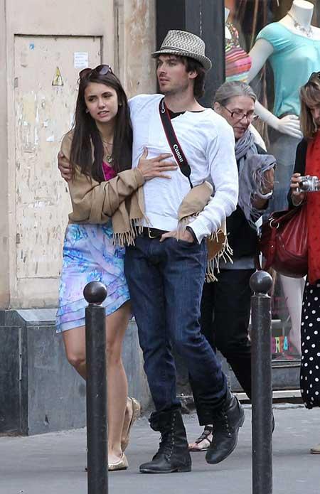 Nina Dobrev and Ian Somerhalder enjoyed strolling around Paris with their mothers