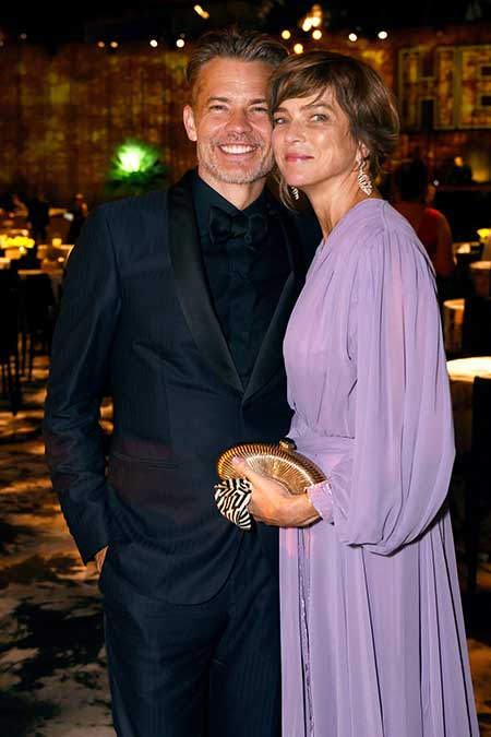 Alexis Knief and Timothy Olyphant were classmate in university