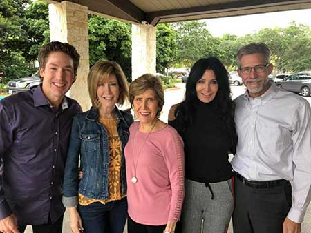 Joel Osteen with his four siblings