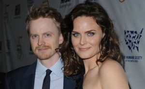 Who Is Emily Deschanel Husband? How's Her Love Life With David Hornsby?