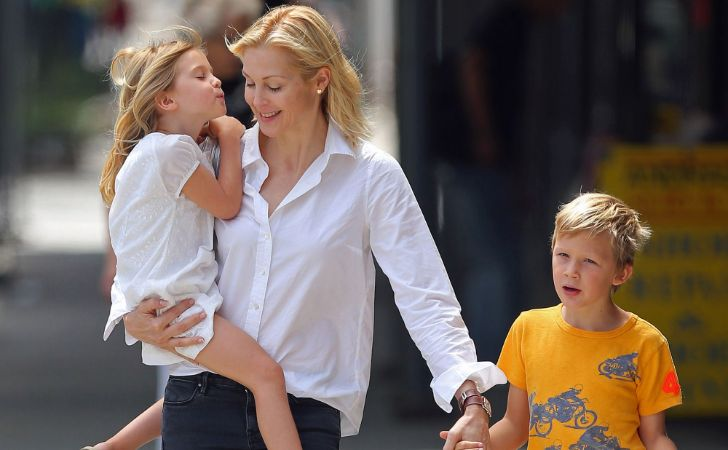 kelly rutherford dating cine)