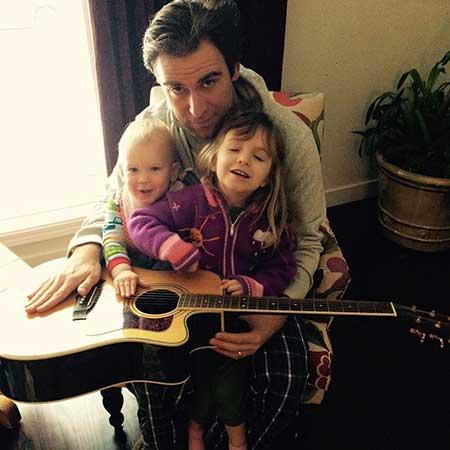 Derek Tisdelle with his two children