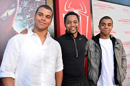 Piper's brothers, Mason and Spencer Gooding and father Cuba