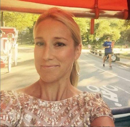 Jennifer Rauchet a TV producer by profession