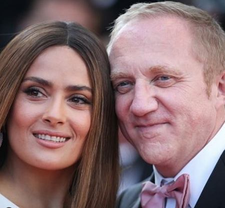 Salma and her hubby Pinault are married since 2009.