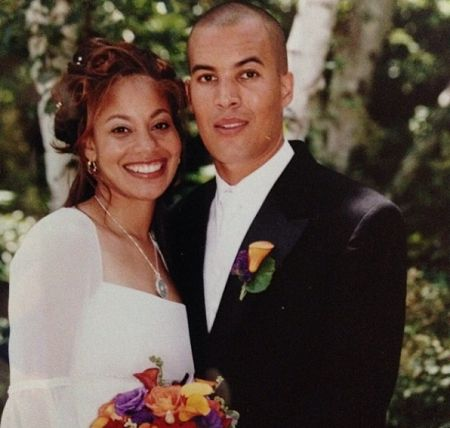 Coby is married to Aviss since 2001.