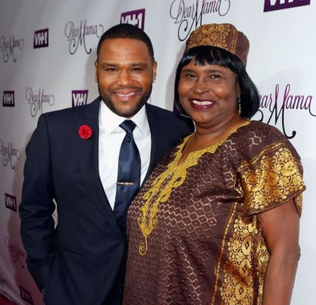 Doris Hancox With Her Son Anthony Anderson