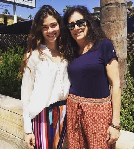 Sarah and her mom Melisa.