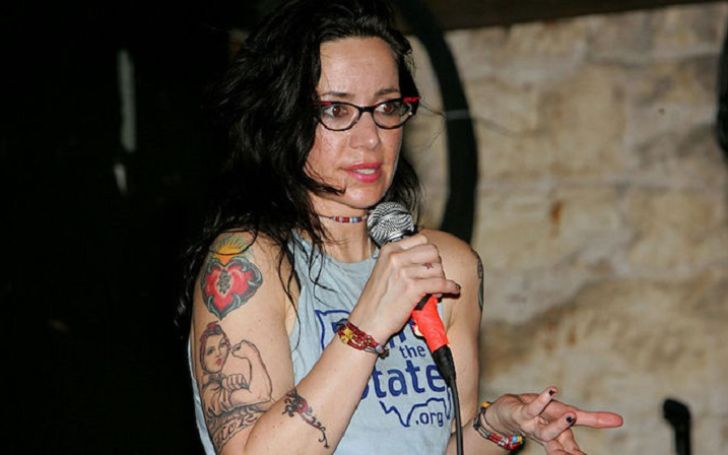 The Untold Truth of Brody Tate, Janeane Garofalo's Husband and Their Marriage