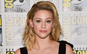 Who Is Lili Reinhart Boyfriend In 2021? Is She Dating anyone? Her Love Affairs