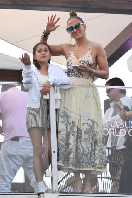 Emme Maribel Muniz with her mom Jennifer.