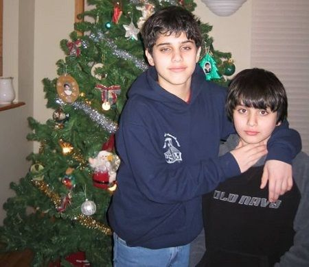 Aria Shahghasemi parents are from Iran