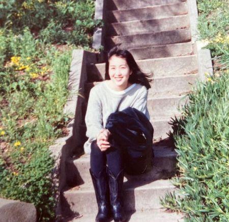 Who is Mia Kim?