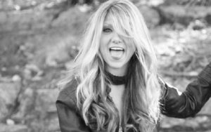 Who Is Paula Nelson? Inside The Life Of Willie Nelson's Daughter