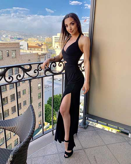 Julia Macchio bodymeasurements