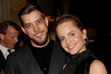 Mena Suvari married her husband Michael Hope in October 2018