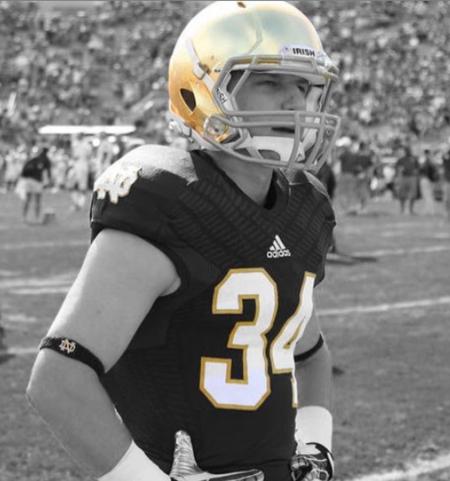 Jon Bon Jovi's son, Jesse Bongiovi used to play as a cornerback for the Notre Dame Fighting Irish