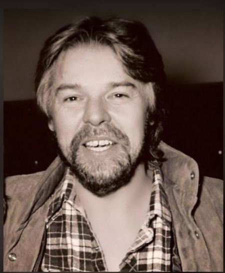 Juanita Dorricott's longtime singer partner, Seger is a hard rock vocalist who became most successful on the national level with the albumLive Bullet (1976). The album went on to become a multiplatinum-selling.
