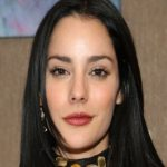 Oka Giner is a Mexican actress known for playing in the Mexican version of an American series, Gossip Girl. She is in a relationship with her boyfriend, Nacho Redmondo